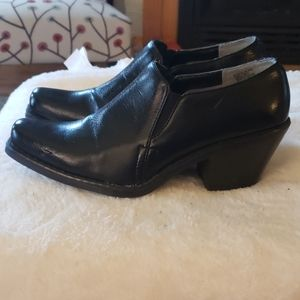 SO black shoes size 6